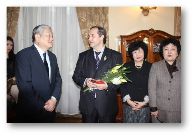 181. MPEI Vice-Rector V.N. Zamolodchikov with Ambassador Extraordinary and Plenipotentiary of Mongolia to Russia Idevhten Doloonzhin