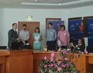 208. MPEI student Oleg Smirnov receives Diploma for the best scientific report for SPITSE symposium